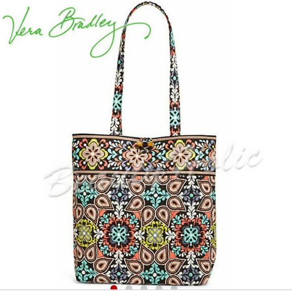 f75d4b7782 Vera Bradley Tote bag